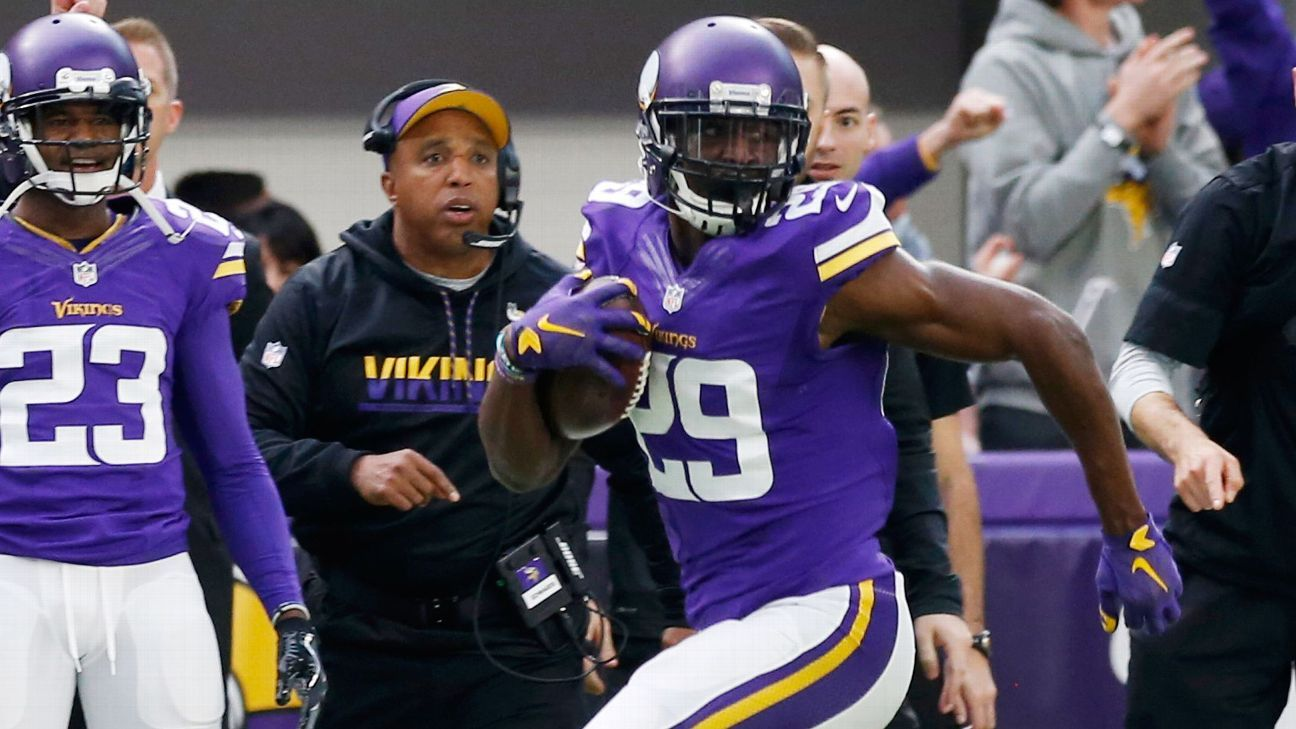 Former Vikings CB Rhodes to sign with Colts