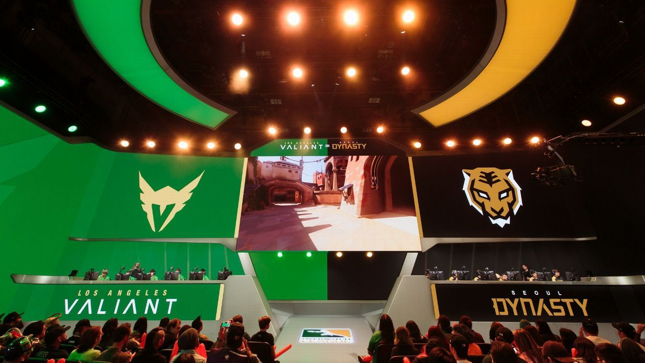 Overwatch League releases initial schedule, new format for online play