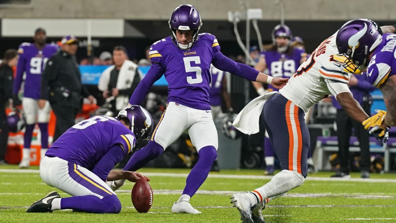 Kicker Bailey agrees to re-sign with Minnesota
