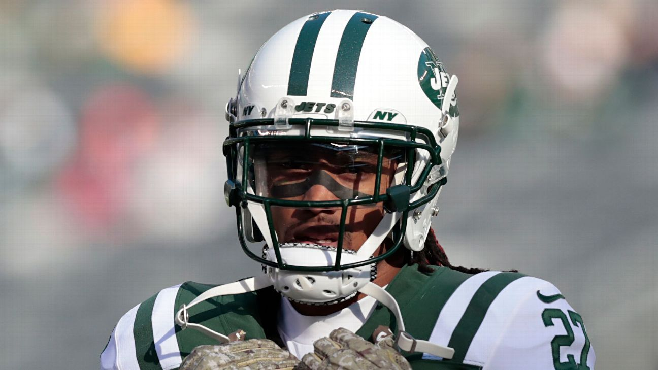 Jets cut former starting CB Roberts, save $6M
